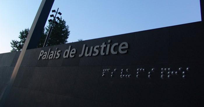 Photo Palais de Justice de Nantais avec l'oeuvre de The Blind